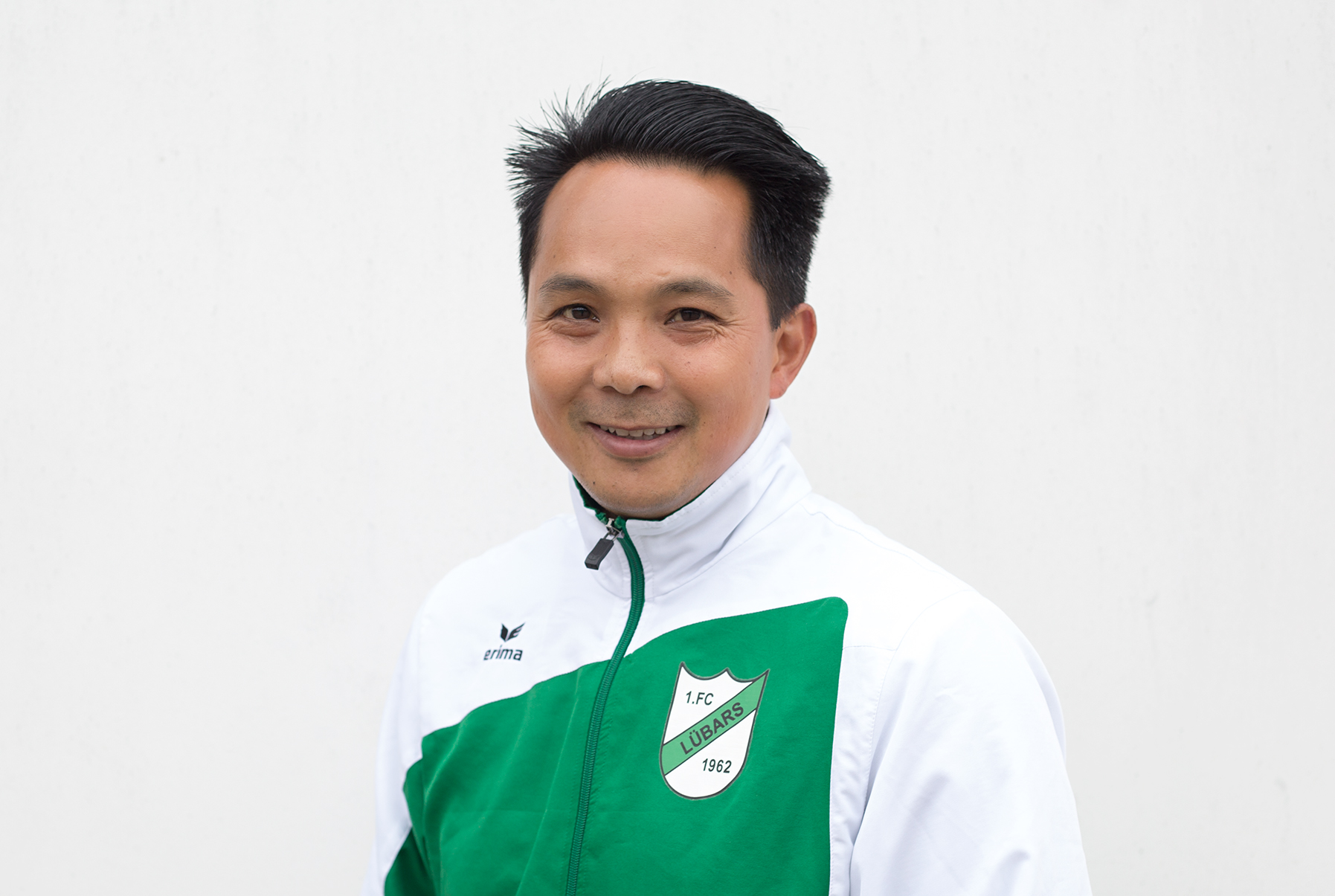 Van Hoang Quan Le